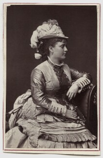 Minnie Walton (Mrs Frederick Lyster), by Lock & Whitfield - NPG Ax7718