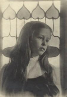 Geraldine Smith (née Oppenheim), by Olive Edis - NPG x12616