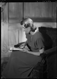 Jean Salmon (née Maitland-Makgill-Crichton), Baroness Salmon, by Lenare - NPG x1289