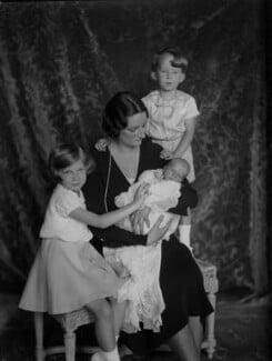 Astrid, Queen of the Belgians with her children, by Vandyk, 28 June 1934 - NPG x130235 - © National Portrait Gallery, London