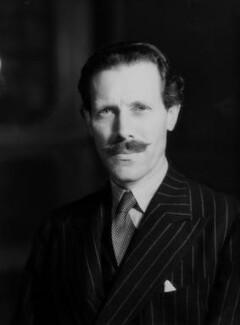 Sir (Robert Eric) Mortimer Wheeler, by Bassano Ltd - NPG x16592
