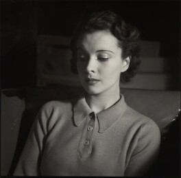 Vivien Leigh, by Cyril Arapoff, 1936 - NPG x16832 - © reserved; collection National Portrait Gallery, London