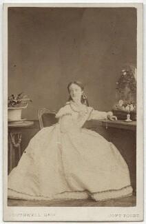 Maria Harris (Maria Elizabeth Glossop), by Southwell Brothers - NPG x17421