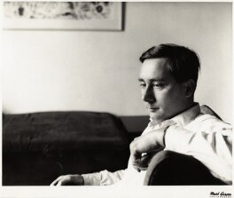 Alan Sillitoe, by Mark Gerson - NPG x17977