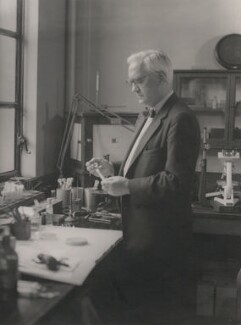 Alexander Fleming, by Howard Coster - NPG x1837