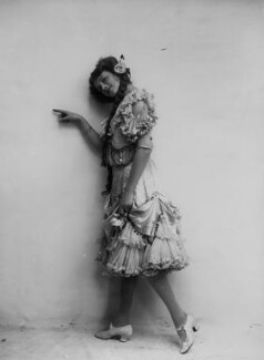 Dame Gladys Cooper, by Bassano Ltd - NPG x18902