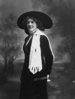 Dame (Esmerelda) Cicely Courtneidge, by Bassano Ltd - NPG x19183