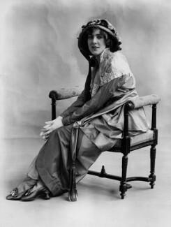 Dame (Esmerelda) Cicely Courtneidge, by Bassano Ltd - NPG x19286