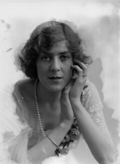 Dame (Esmerelda) Cicely Courtneidge, by Bassano Ltd - NPG x19289