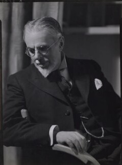 Laurence Housman, by Howard Coster - NPG x1930