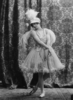 Phyllis Bedells, by Bassano Ltd - NPG x19383