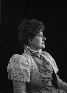 Ellen Terry, by Sir Emery Walker - NPG x19636