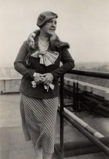 Frieda Leider, by Elsie Gordon - NPG x20636