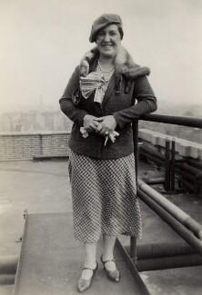 Frieda Leider, by Elsie Gordon - NPG x20637