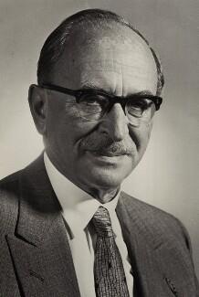 Dennis Gabor (né Günszberg) (Dénes Gábor), by Unknown photographer - NPG x22218