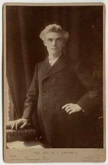 Reginald John Campbell, by London Stereoscopic & Photographic Company - NPG x22242