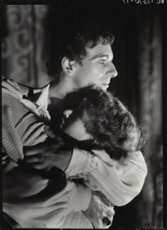 John Gielgud; Dame Peggy Ashcroft as Romeo and Juliet in 'Romeo and Juliet', by Howard Coster, 1935 - NPG x14505 - © National Portrait Gallery, London