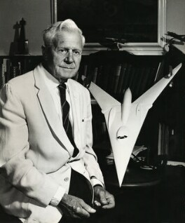 Sir Barnes Wallis, by Ronald Franks, 1968 - NPG x26005 - © reserved; collection National Portrait Gallery, London