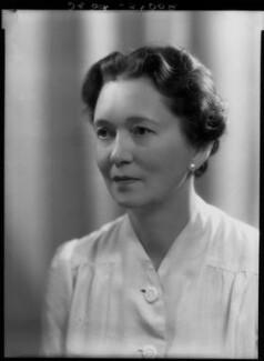 Susan Ertz (Mrs J.R. McCrindle), by Bassano Ltd - NPG x27062