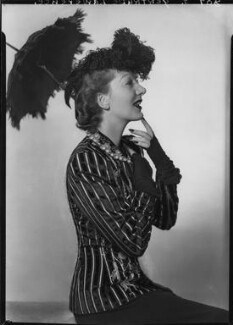 Gertrude Lawrence as Eliza Doolittle in 'Pygmalion', by Dorothy Wilding - NPG x29462