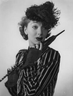 Gertrude Lawrence as Eliza Doolittle in 'Pygmalion', by Dorothy Wilding - NPG x29465