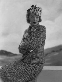 Gertrude Lawrence, by Dorothy Wilding - NPG x29466