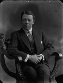 Sir (Edward) Seymour Hicks, by Bassano Ltd - NPG x30221