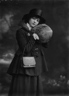 Gertrude Lawrence, by Bassano Ltd, March 1917 - NPG x30637 - © National Portrait Gallery, London