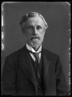 Sir Thomas Smith, 1st Bt, by Bassano Ltd - NPG x30664