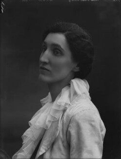 Gwen Lally (Gwendolin Rosalie Lally Tollandal Speck), by Bassano Ltd - NPG x30805