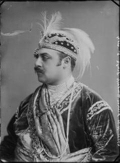 Prince Victor Albert Jay Duleep Singh as Akbar, by Alexander Bassano - NPG x31203