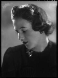 Pamela Margaret Elizabeth Berry (née Smith), Lady Hartwell, by Bassano Ltd - NPG x31252