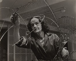Barbara Hepworth at work on the armature of a sculpture, by Ida Kar, 1961 - NPG x88513 - © National Portrait Gallery, London