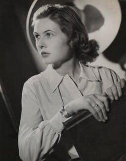 Sheila Sim, by Fred Daniels, 1943 - NPG x32914 - © Estate of Fred Daniels / National Portrait Gallery, London