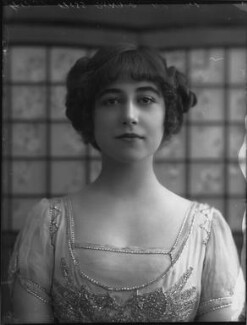 Yvonne Arnaud, by Bassano Ltd, 17 October 1912 - NPG x33366 - © National Portrait Gallery, London