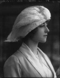 Yvonne Arnaud, by Bassano Ltd, 17 October 1912 - NPG x33367 - © National Portrait Gallery, London