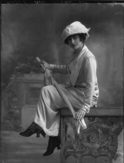 Yvonne Arnaud, by Bassano Ltd, 17 October 1912 - NPG x33368 - © National Portrait Gallery, London