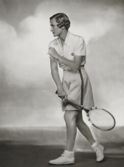 Helen Hull Jacobs, by Dorothy Wilding, 1935 - NPG  - © William Hustler and Georgina Hustler / National Portrait Gallery, London
