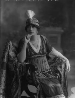 Violet Vanbrugh (Violet Augusta Mary Barnes), by Bassano Ltd - NPG x34381