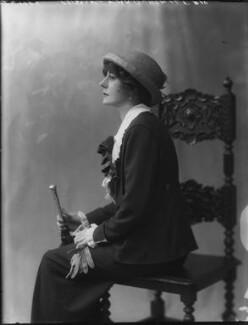Violet Vanbrugh (Violet Augusta Mary Barnes), by Bassano Ltd - NPG x34389
