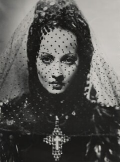 Merle Oberon in 'The Private Life of Don Juan', by Tunbridge - NPG x34532