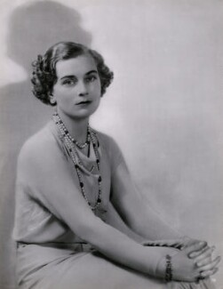 Princess Alice, Duchess of Gloucester, by Dorothy Wilding, 1935-1939 - NPG x34758 - © William Hustler and Georgina Hustler / National Portrait Gallery, London