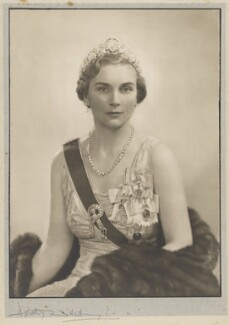 Princess Alice, Duchess of Gloucester, by Dorothy Wilding - NPG x34877