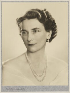 Princess Alice, Duchess of Gloucester, by Dorothy Wilding, 1953 - NPG x34883 - © William Hustler and Georgina Hustler / National Portrait Gallery, London