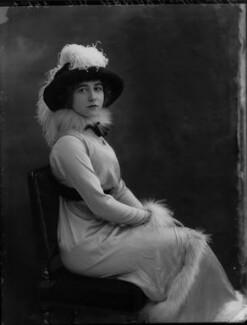 Yvonne Arnaud, by Bassano Ltd, November 1912 - NPG x34941 - © National Portrait Gallery, London