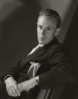 Leslie Howard, by Clarence Sinclair Bull - NPG x35331