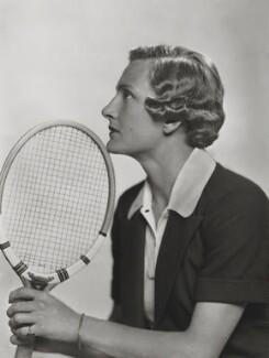 Helen Hull Jacobs, by Dorothy Wilding, 1935 - NPG x35411 - © William Hustler and Georgina Hustler / National Portrait Gallery, London