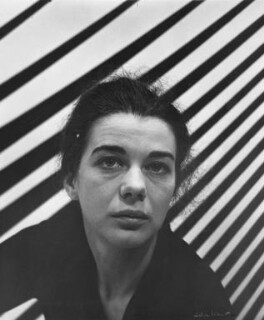Bridget Riley, by Ida Kar, 1963 - NPG x88521 - © National Portrait Gallery, London