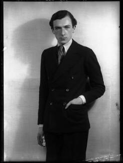 Cecil Beaton, by Dorothy Wilding - NPG x36724