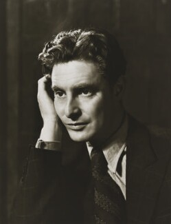 Robert Donat, by Gordon Anthony - NPG x38424
